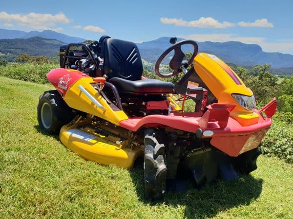 Ride on Mowers in Perth Supplier of Razorbacks CMX2106