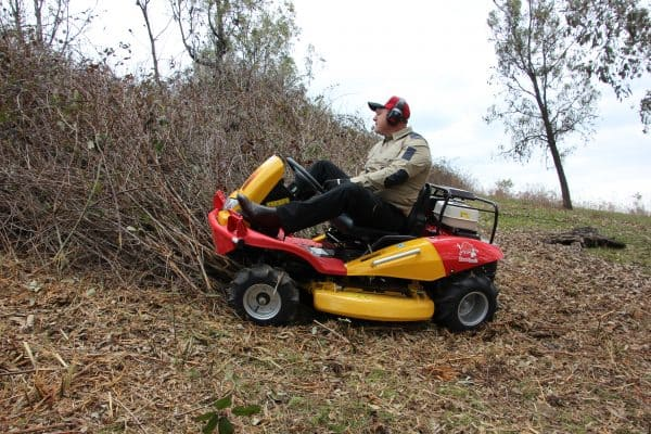 Commercial garden machinery ride-on-mower seller of CM1401H in WA