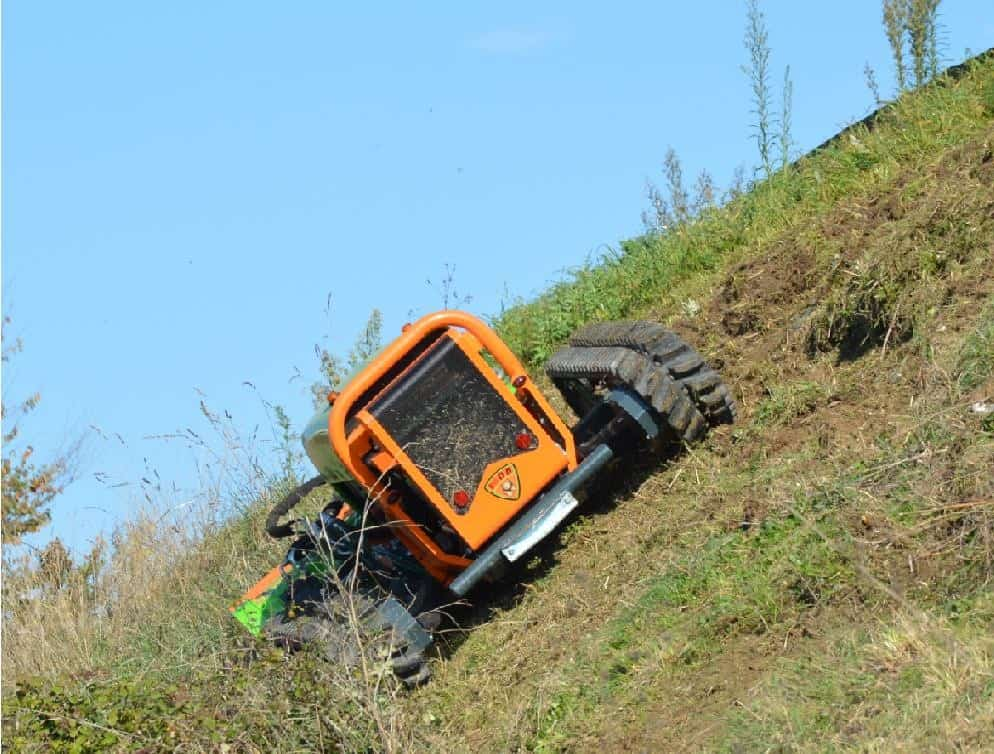 fully remote controlled Green Climber