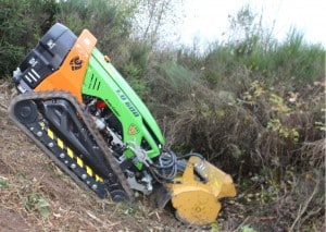 Green Climber LV-600-working remote control mower